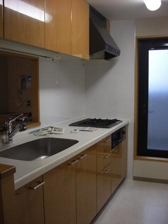 キッチン マンション ビフォー20150525.JPG