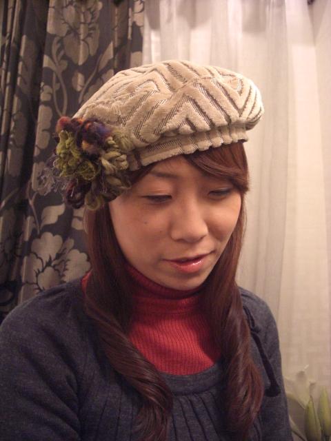 コサージュ付きベレー帽.JPG