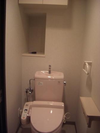 トイレ マンション ビフォー 20150525.JPG