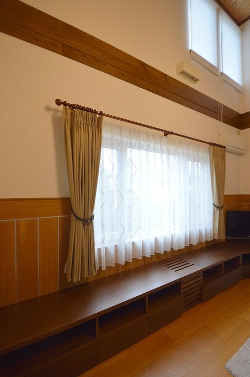 ナラ突板塗装TVボード (1).JPG