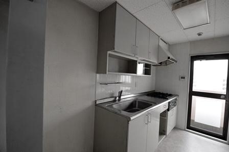 マンション キッチン ビフォ20150327.JPG