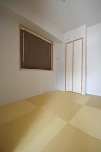 和室 プリーツスクリーン ブラウン 1011.JPG