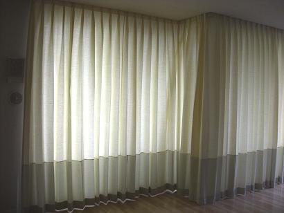 大きいデザインカーテン2.JPG