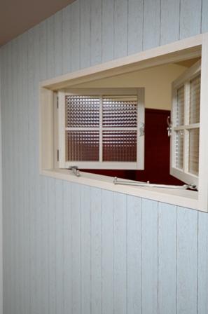 室内窓 チェッカーガラス 造作 20151210.JPG