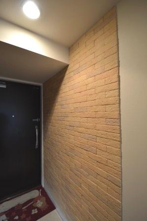 玄関 廊下 エコカラット マンション.JPG
