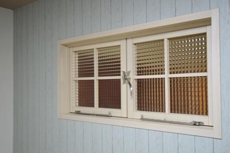 開き窓 造作 格子 20151210.jpg