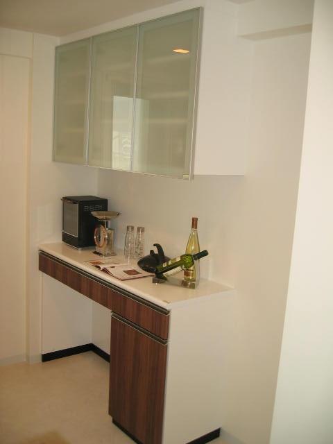 食器棚1.JPG