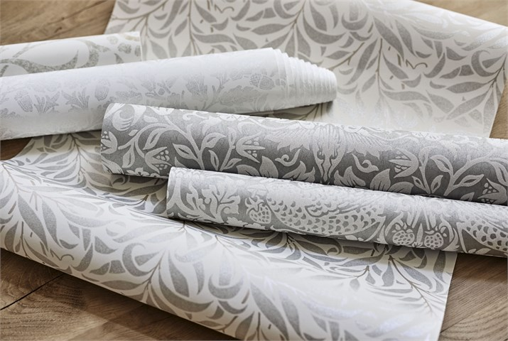 5-morris-pure-wallpaper-pale-rolls-detail-roses-natural-white.jpg