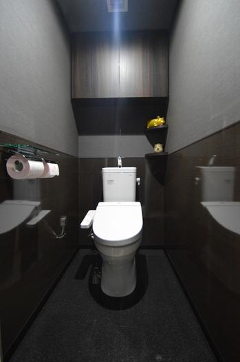 トイレパネル クロス貼り替え 塩ビタイル.jpg